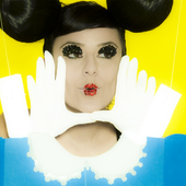 Fernanda Takai - Foto de Debby Gram.png