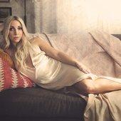 Ashley Monroe.jpg