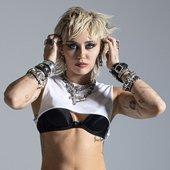 Miley Cyrus - Prisoner (Ultra HQ)