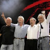 z16949487V,David-Gilmour--Roger-Waters--Nick-Mason-i-Richard-.jpg