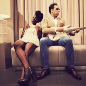 MAKING CONTACT: NOISETTES