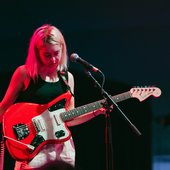 snail-mail-in-concert-guitar2.jpg