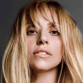 Gaga2014