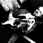 Alan Clare - Lead Guitar