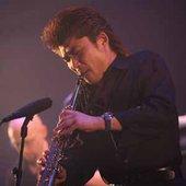 Hibino playin Sax