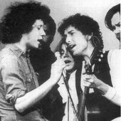 Arlo with Bob Dylan, Friends of Chile 1974