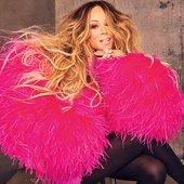 Mariah-Carey-bb30-2019-feat-billboard-vfmsdvfij-1500_1.jpg