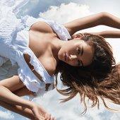 """""""tease crème cloud"""" ad campaign"""