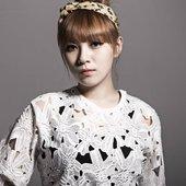 Kang Min Hee