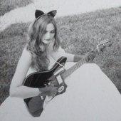 Sarah Eakins (broaddaylight vocals)
