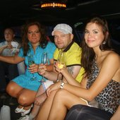 катаемся с участниками preparty A-ZOV FEST 2012 на лимузине по г. Калуга