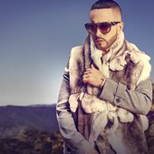 Yandel: Update Photoshot