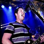 Bud rocks the guitar in Orlando
