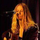 Anne @ women unplugged