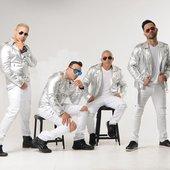 Grupo Manía 2.jpg