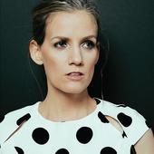 Katie Herzig [Digital Booklet - Walk Through Walls]