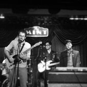 Joey Dosik + Theo Katzman at The Mint LA / 2012/12/06