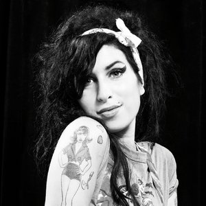 Image for 'Amy Winehouse'