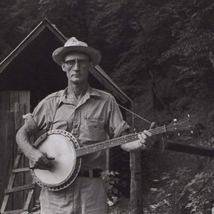 Image for 'Roscoe Holcomb'