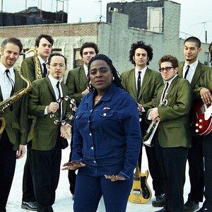 Bild für 'Sharon Jones and the Dap-Kings'