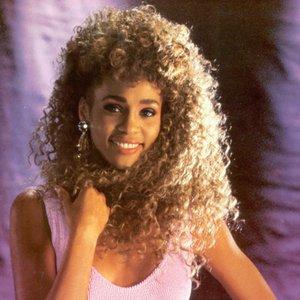 Zdjęcia dla 'Whitney Houston'