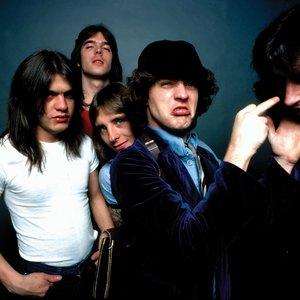 Immagine per 'AC/DC'