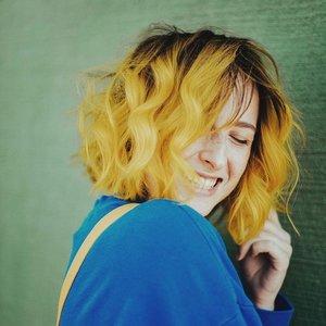 Bild für 'Tessa Violet'