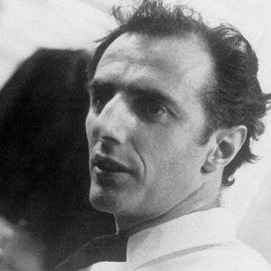 Image for 'Gilles Vigneault'