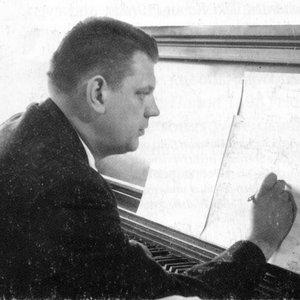 Image for 'George Bruns'