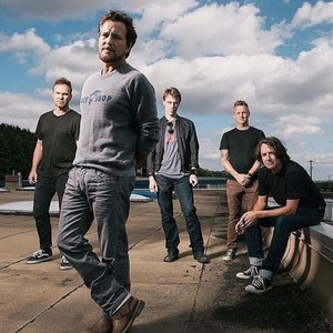 Immagine per 'Pearl Jam'