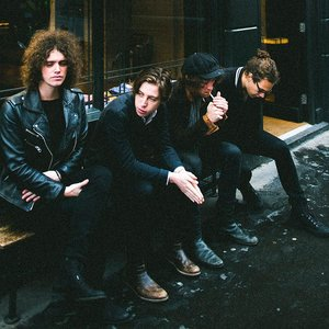 Imagem de 'Catfish and the Bottlemen'