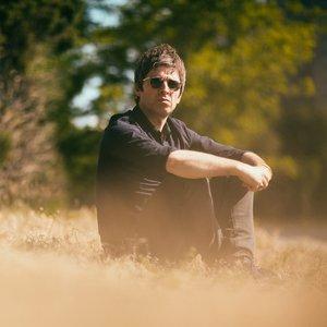 Изображение для 'Noel Gallagher's High Flying Birds'