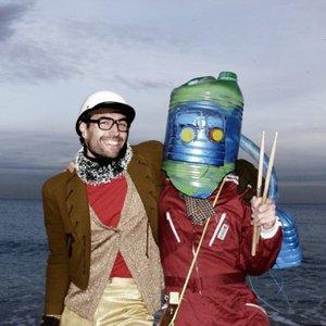 Imagem de 'El Robot Bajo El Agua'