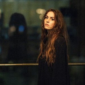 Image for 'Emma Ruth Rundle'