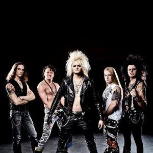 Bild für 'Kissin' Dynamite'