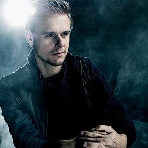 Immagine per 'Armin van Buuren'