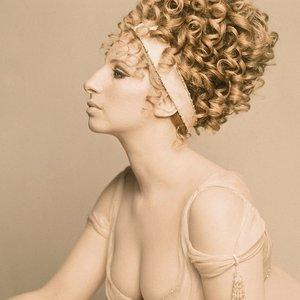 Изображение для 'Barbra Streisand'