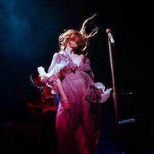Изображение для 'Florence + the Machine'