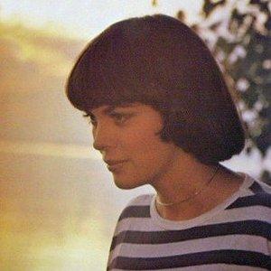 Изображение для 'Mireille Mathieu'