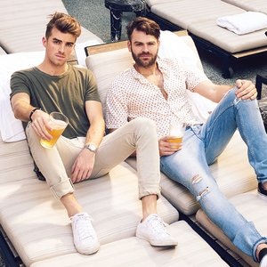 Image for 'The Chainsmokers'
