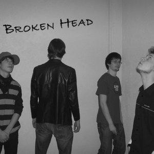 Bild für 'Broken Head'