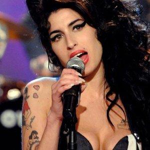 Изображение для 'Amy Winehouse'