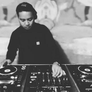 Bild für 'DJ CRISPS'