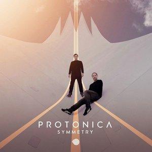 'Symmetry'の画像