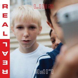 Imagem de 'Real Life'