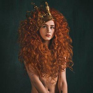 Image for 'Janet Devlin'
